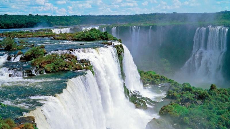 Die Fiz do Iguassu Wasserfälle sind ein Unesco Naturerbe