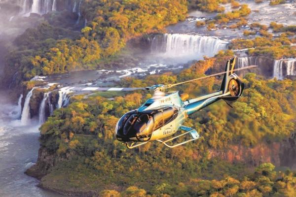Helikopter tour über die Wasserfälle Iguazu.