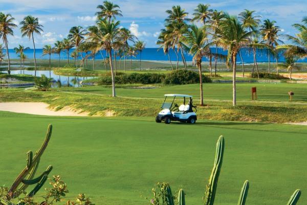 Der Aquiraz Ocean Dunes Course ist ein 18-Loch Championship Golfplatz